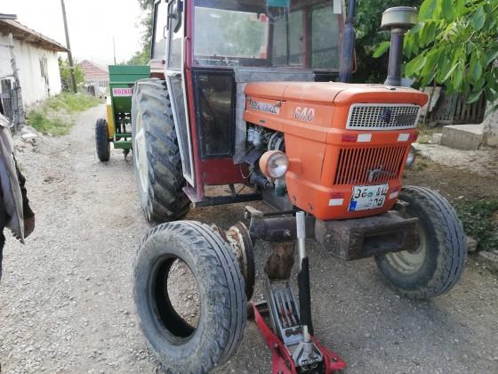 Kızılcadagda traktör lastiği tamiri