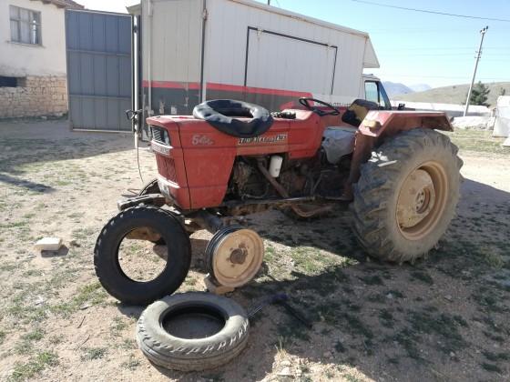 Avdan da yeni lastik montajı