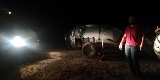 Bu gecede çiftçi dostlarımıza lastik taktık